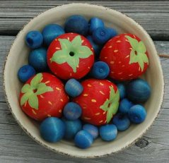 Order these Pretend Food Fresh Picked Berries from http://etsy.me/17CJtWT  HouseMountainNatural